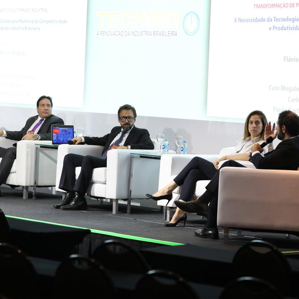 Flávio Paiva faz mediação de palestra e debate no encerramento da TECHMEI 2019